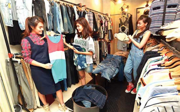 Baju Bekas Distro Surabaya? Ini 4 Alternetif