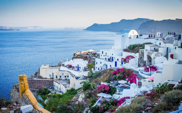 Berkunjung Ke Santorini Dan Menikmati Keindahannya