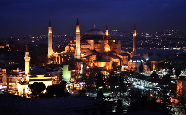 Berkunjungi Museum Indah Saksi Sejarah Turki - Hagia Sophia
