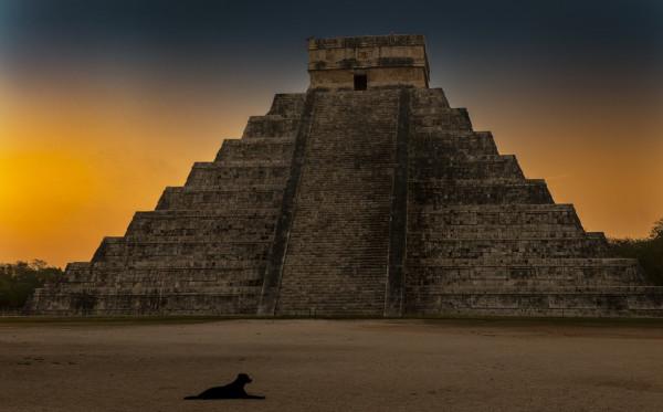 Fakta Menarik Keberadaan Suku Maya