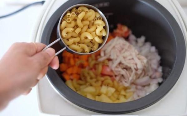 Makanan Mewah Yang Bisa Dimasak Anak Kos Dengan Menggunakan Rice Cooker