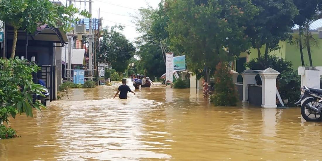 Merayakan Banjir di Hari Kemenangan