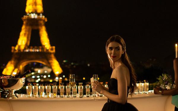 Emily in Paris : Realitas Nyata Dunia Kerja Dewasa Muda
