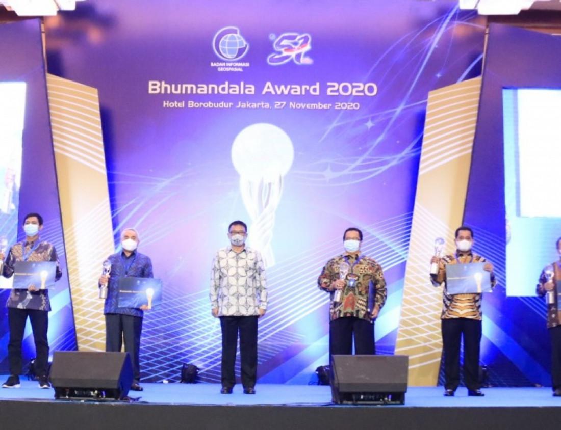 Kaltim Terima Anugerah Bhumandala Award 2020