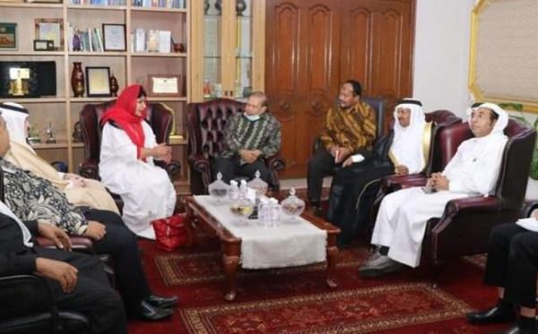 Suka Mi Instan, Putri Kerajaan Arab Saudi Mau Investasi di Indonesia