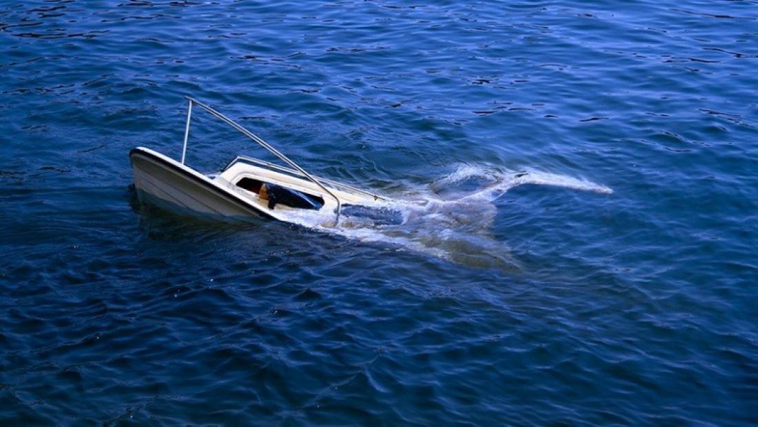 Polairut Bontang Ungkap Kronologi Hantaman Kapal Tanker di Laut Seram