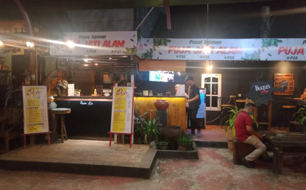 Imbas Pembatasan, Cafe Terancam Terpuruk