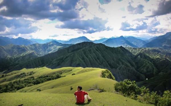Sandiaga Gandeng Asosiasi Pengusaha Pribumi Kembangkan Desa Wisata