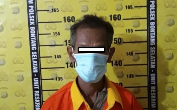 Edarkan Sabu di Usia Senja, Warga Tanjung  Laut Indah  Diamankan Polisi