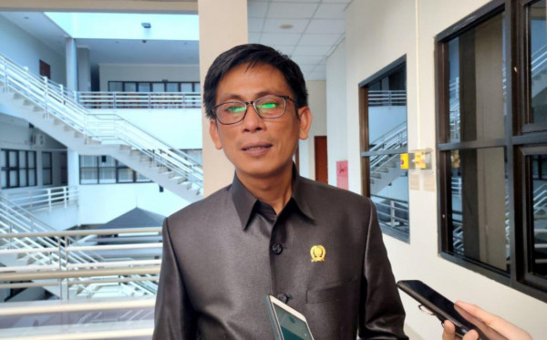 Anggota DPRD  Bontang Dorong Masyarakat Tuntut Pemkot untuk Kerugian Banjir