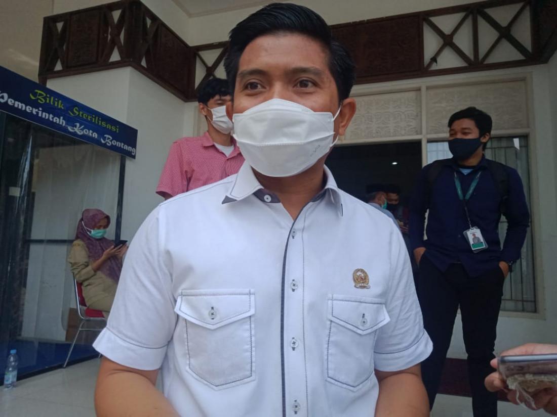 Ketua DPRD Bontang Apresiasi 16 Jurnalis Bontang yang Lulus UKJ