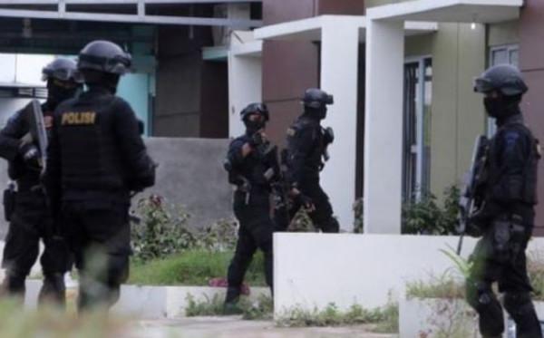 Densus 88 Temukan Bahan Pembuat Bom di Markas FPI