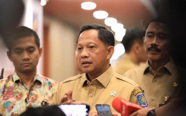 Mendagri Tito Minta Sri Mulyani Tahan Transfer ke Daerah