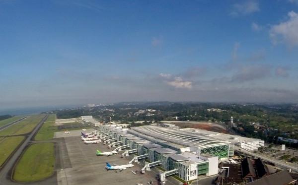 Bandara Sepinggan Balikpapan Tetap Beroperasi di Tengah Larangan Mudik