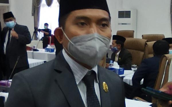 Dapat Pekerjaan di Pemkot, Ketua DPRD Sentil Perusahaan Tak Beri Full THR Pekerja