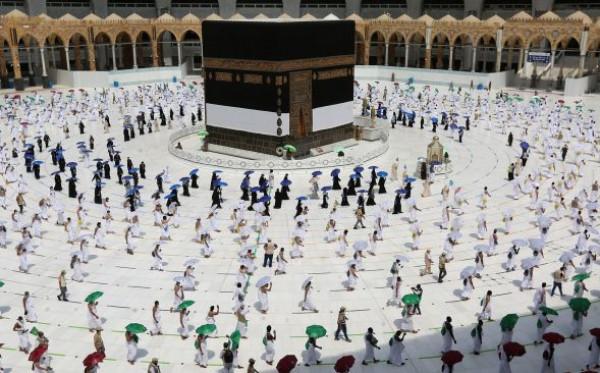 Arab Saudi Izinkan Umroh Mulai 10 Agustus 2021, Ini Syaratnya