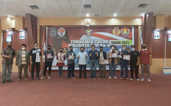 Mariana Juarai Turnamen Catur Wali Kota Cup ke-4