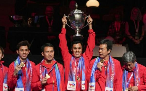 Tim Badminton Indonesia Juara Thomas Cup Tanpa Bendera Merah Putih