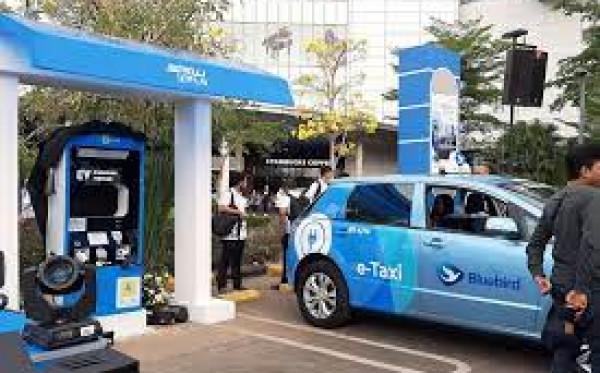 PLN Ajak Swasta Bisnis Charging Mobil Listrik, Dijamin Cuan!